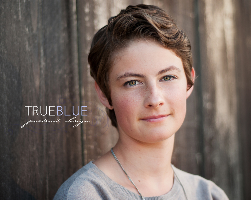 Senior Portraits by TRUE BLUE Portrait